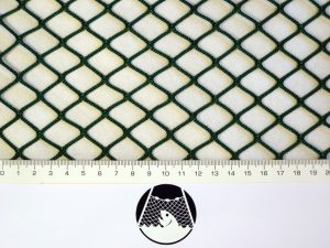 Machine-made netting polyamide (nylon) knotless 20×20/ 2,1 mm green