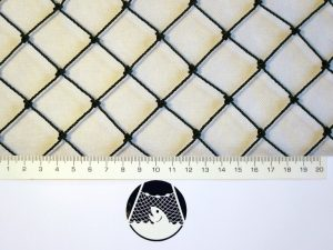 Aviary net for little birds, Polyethylene 27/1,5 mm black