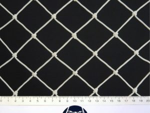 Protection net, knotted, polyethylene – multifilament 45×45/2,5 mm white